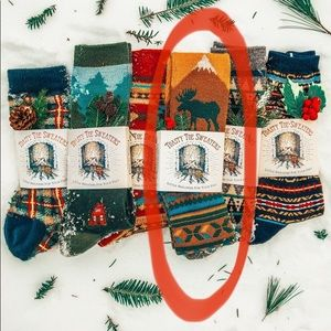 SEARCHING FOR GREAT MOOSE SOCKS